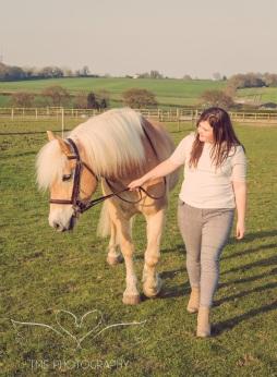 Girl_pony_Photoshoot_Aron-16