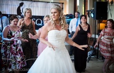 weddingphotography_Staffordshire_DovecliffeHall-173