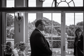 weddingphotography_Staffordshire_DovecliffeHall-71