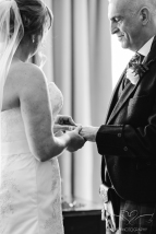 wedding_photography_staffordshire_branstongolfclub_pavilion-80